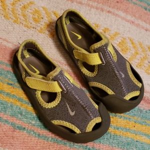 Nike Water Shoes 8c